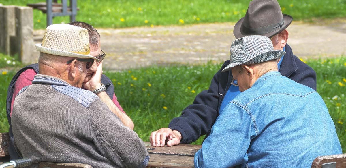 Alte Menschen & Schulung